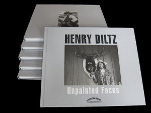 Legendary Photographer Henry Diltz Unveils 'Unpainted Faces' in L.A.