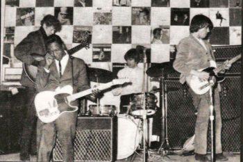 Buddy Guy jams with Jeff Beck and The Yardbirds, 1966.