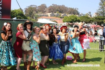 Pinups contest finalists share the love at Roadshow Revival 2016. Photo by Stephen K. Peeples.