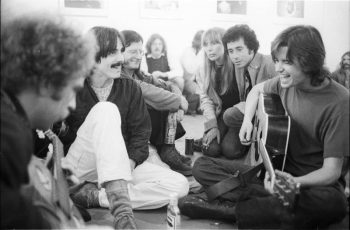 Jammin' at the Chingadero Show, April 1973. Photo: Henry Diltz.
