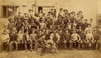 Early Lone Star Beer brewery workers. Courtesy Witte Museum.