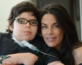 Mike Garson - Grayson Arroyo and his mom Michelle fight brain tumor