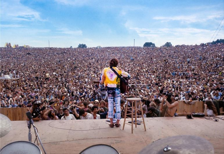 John Sebastian at Woodstock, Aug. 15, 1969. Photo: Henry Diltz, used with permission.